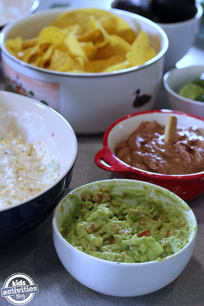 5 Cravable Dip Recipes for A New Year's Eve Party!