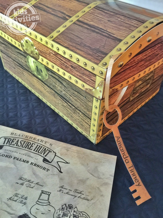 Gaylord Palms Pirate Treasure Hunt with a treasure chest and key.