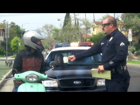 This Officer Pulls A Prank On Drivers By Pulling Over The Good Ones
