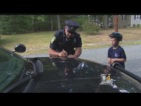 These Police Officers Give Tickets To Children For Good Behavior