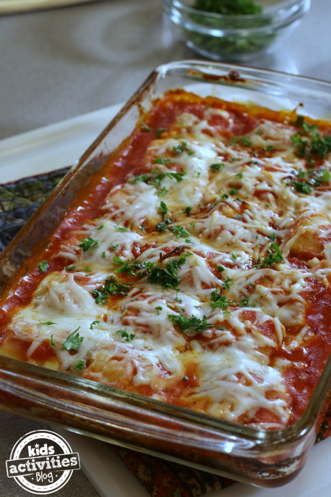 Easy dinner recipe that goes well with your easy bread recipe.
