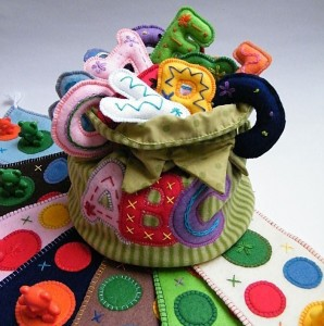 Giveaway: Toddler and Preschool Felt Toys