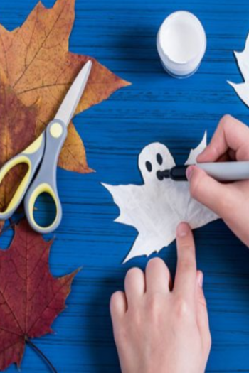 20 Monstrously Spooky and Fun Halloween Crafts For Kids