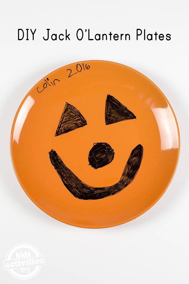 Kids of all ages will adore creating DIY Jack O'Lantern Plates that they can really use! This easy craft will be treasured for years to come.
