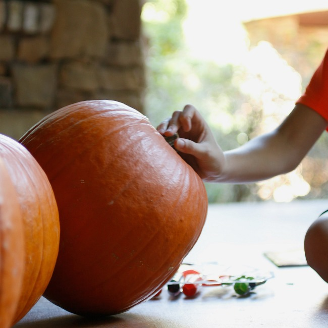 pick a pumpkin - Kids Activities Blog