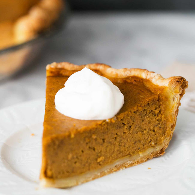 Old Fashioned Pumpkin Pie is the perfect thanksgiving recipe