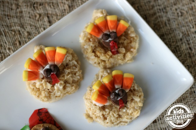 Kid friendly Thanksgiving desserts that look like rice crispy turkeys with candy corn