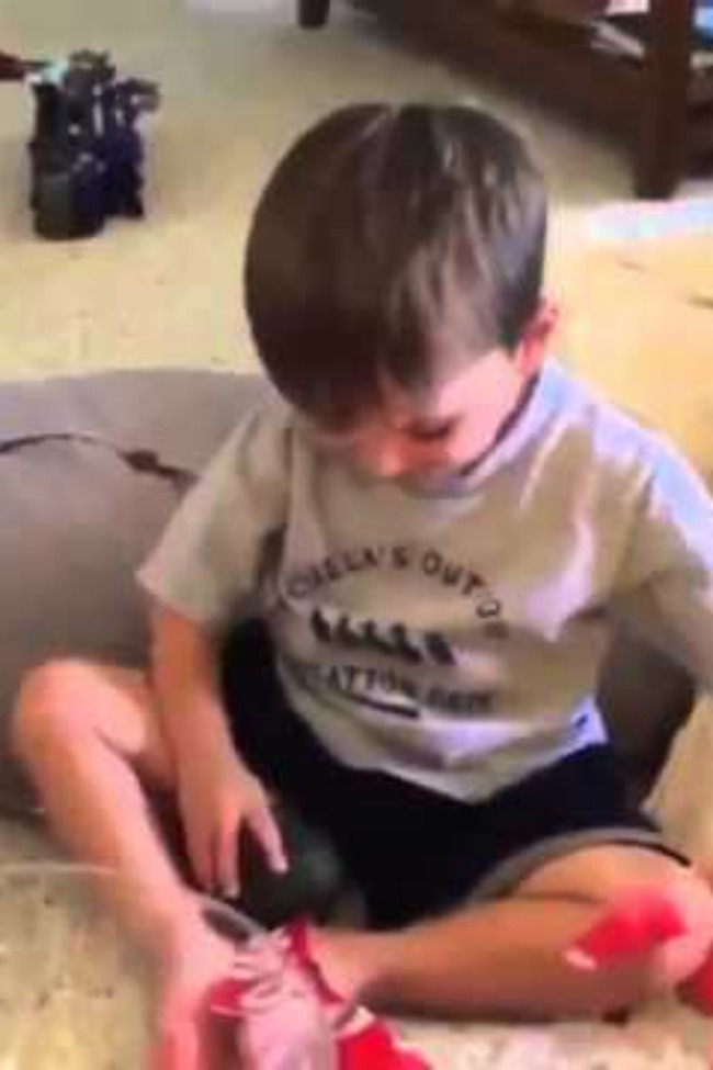 This Little Boy Has The Most Surprising Reaction To Receiving An Avocado As A Gift!