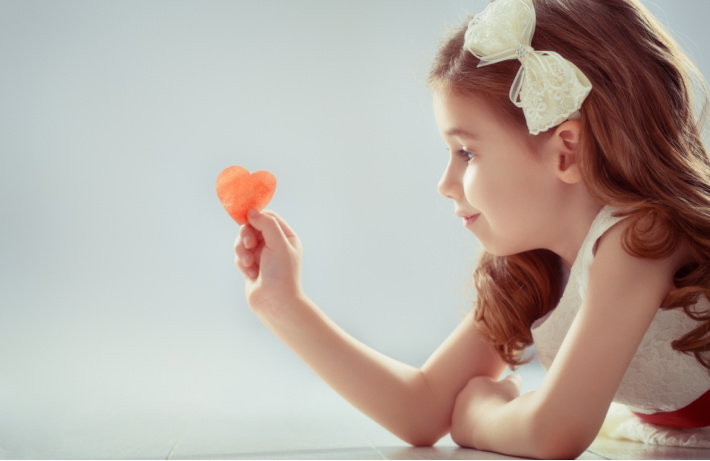 Valentine Photo Ideas for Photoshoots with kids - Kids Activities Blog
