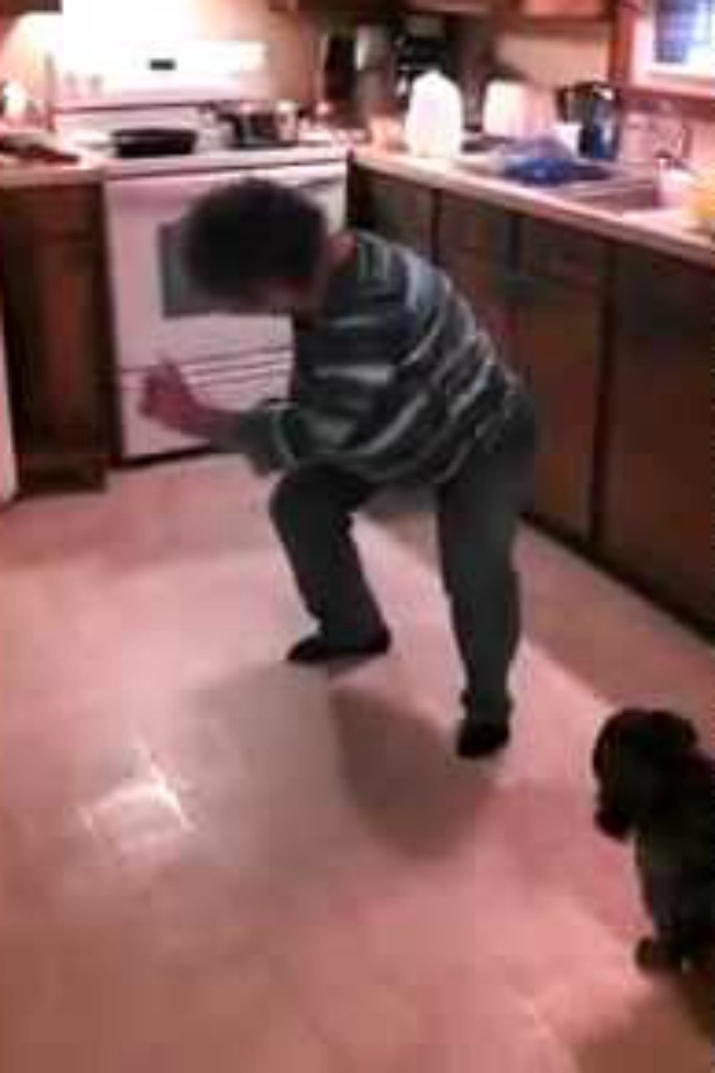 This Grandma Dancing To 'Ice, Ice, Baby' In The Kitchen Is The BEST THING EVER!