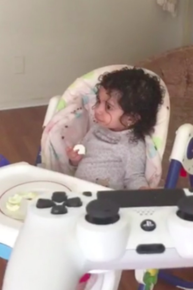 Dad Discovers Brilliant Way To Get His Daughter To Eat
