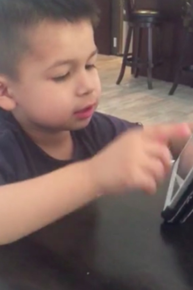 Adorable Little Boy Argues With Siri About What A Firetruck Should Look Like!