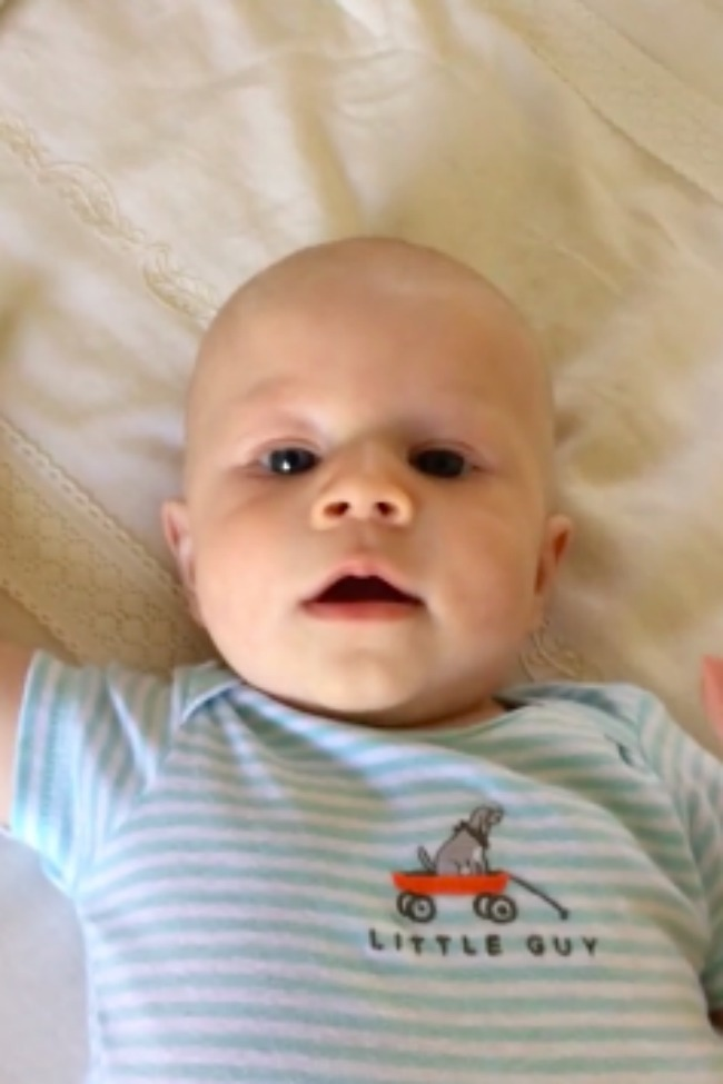 """Four-Month-Old Clearly Says """"Hello"""" For The First Time!"""