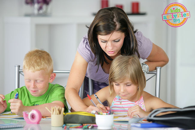 How to help your kids with homework without doing it yourself