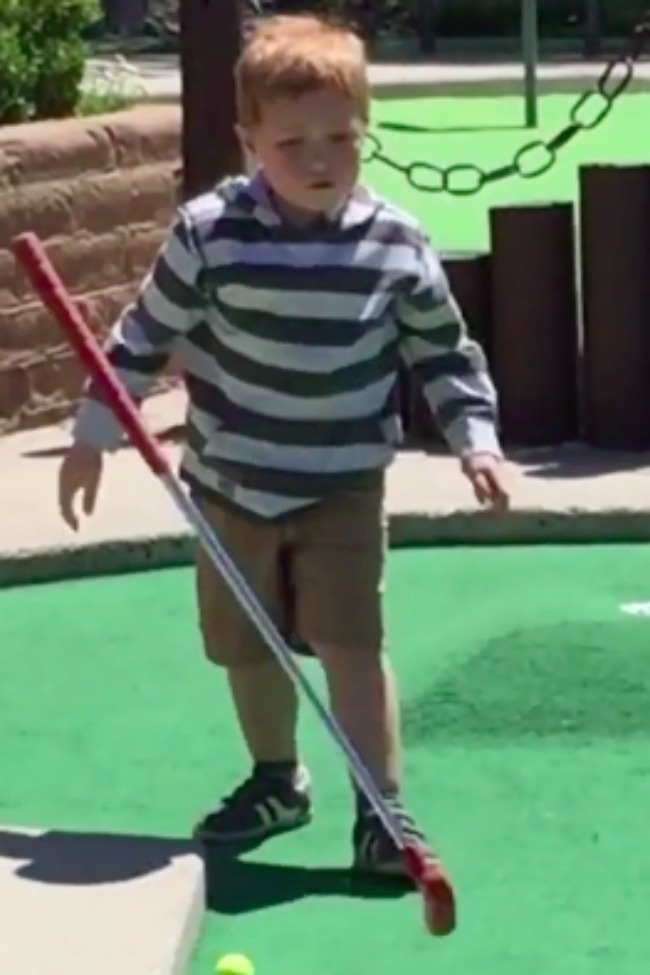 Tiny Tot Has Mini-Golf Meltdown After Repeatedly Missing His Shot