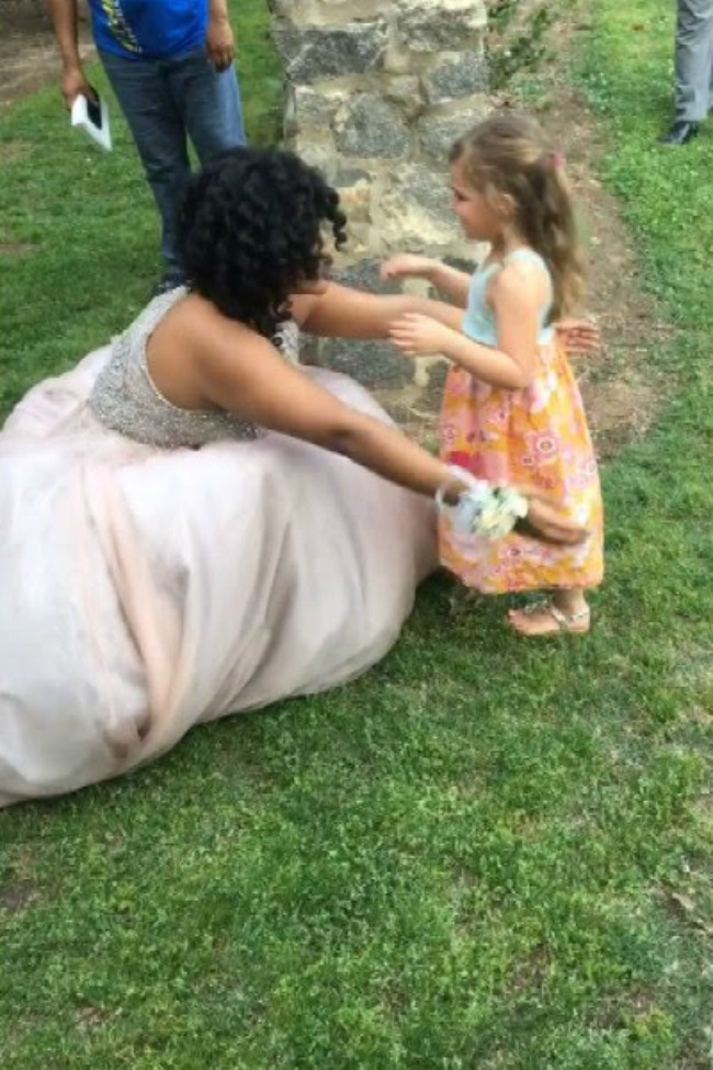 Teenager In A Prom Dress Blown Away By Little Girl Who Thinks She's A Princess
