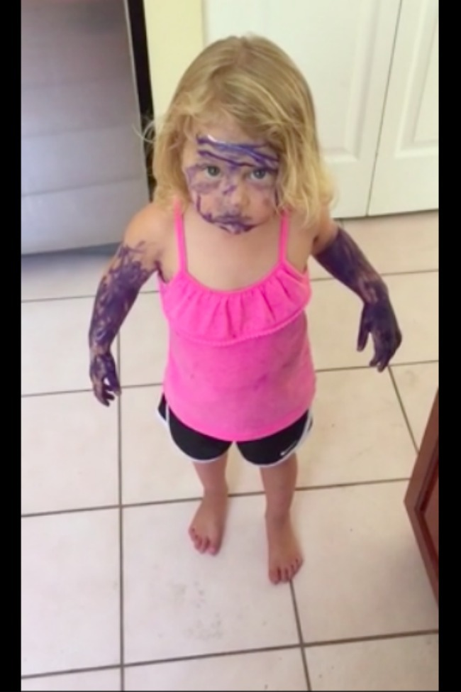 Little Girl Colors All Over Self With Marker, Throws Mom Under The Bus