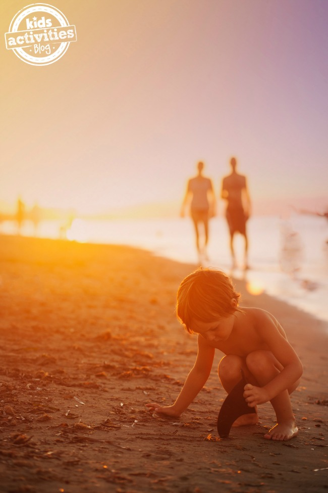 How to Save Money on Family Vacations