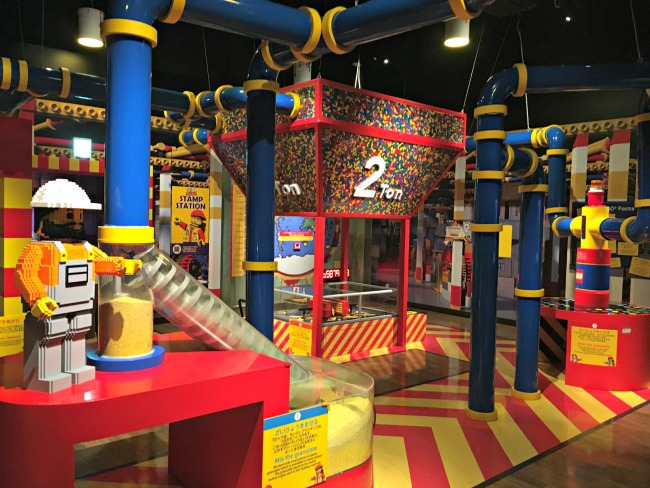 video how are lego bricks made - photo of LEGO land discovery center