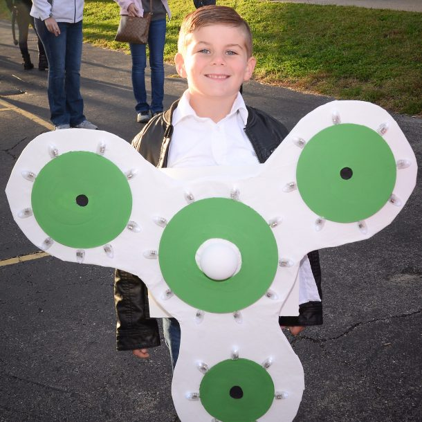 Fidget Spinner Halloween Costume Boy Wearing