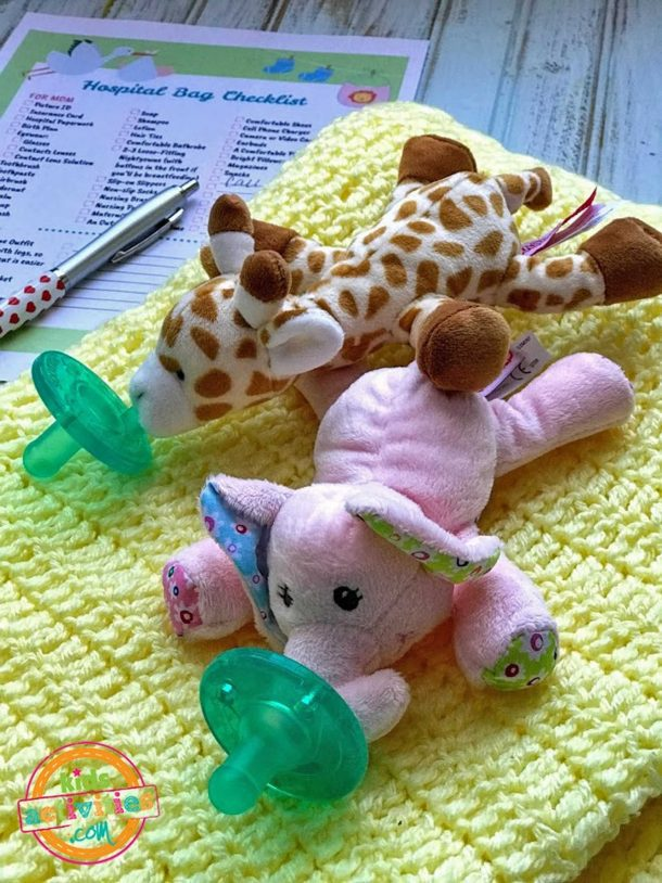 Hospital Bag When Having Baby Checklist And Stuffed Animals