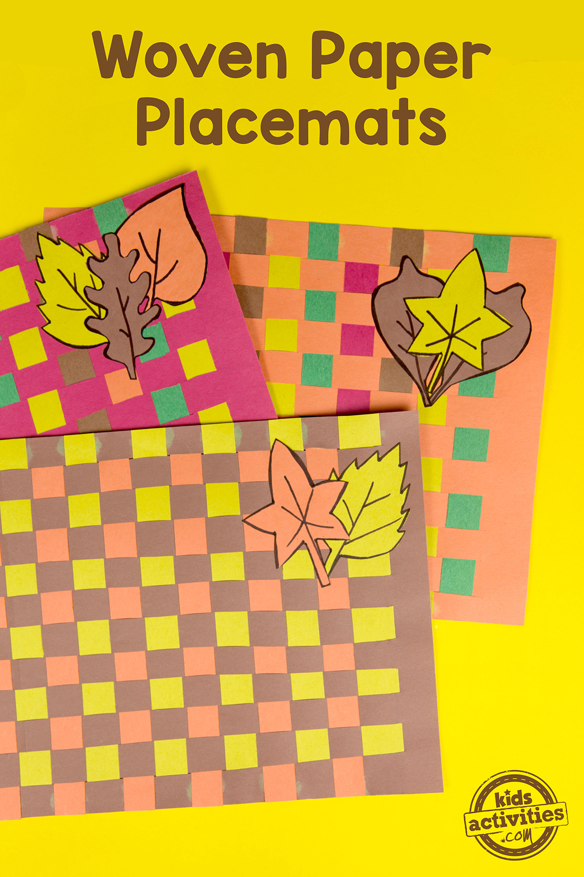 Woven Paper Placemats for Thanksgiving make such a cute placemat.