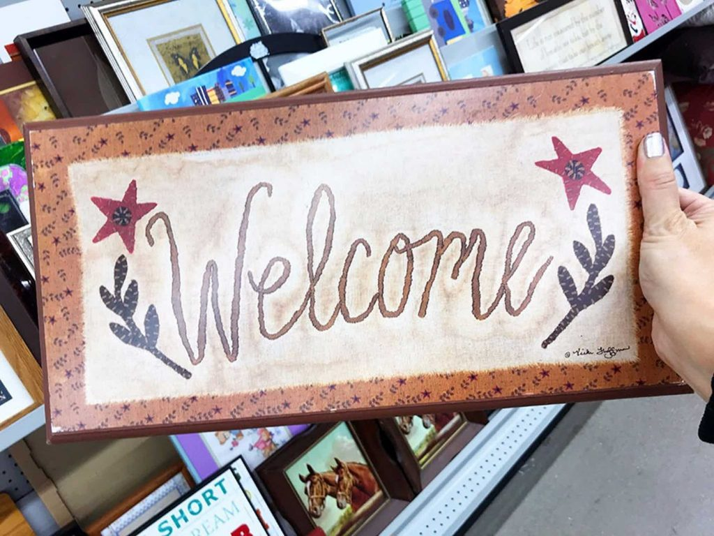 XOXO Wall Sign Welcome Sign