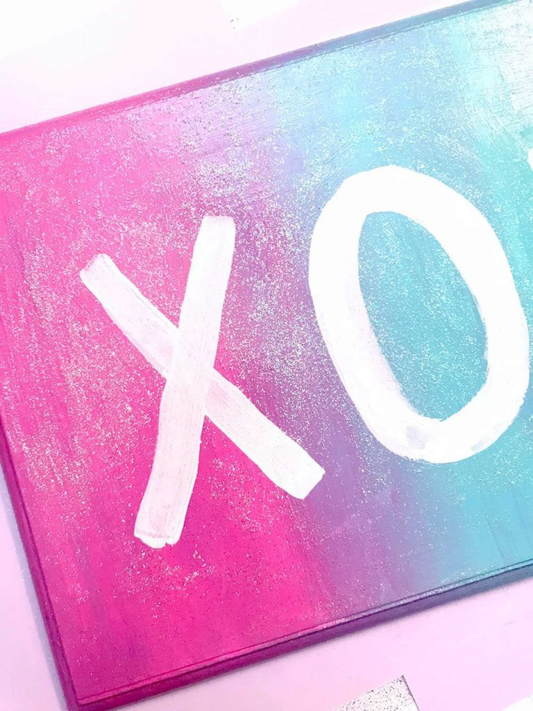 XOXO Wall Sign With Glitter