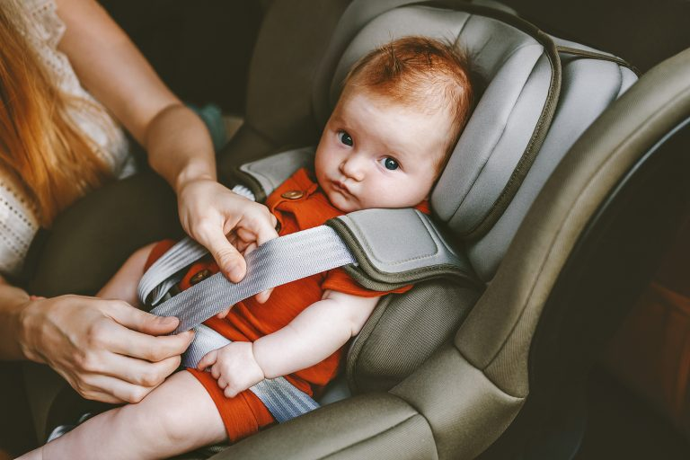 Why Your Kid Should Be In a Rear Facing Car Seat Until 4 Years Old