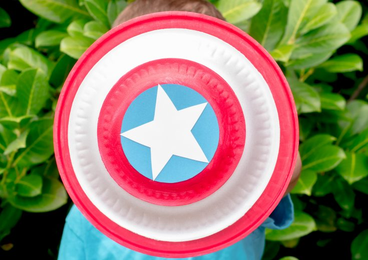 Make a Captain America Shield from a Paper Plate!