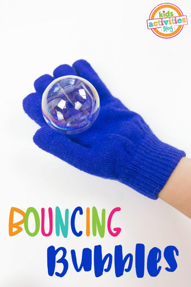 Fun DIY glycerin bubbles to go along with your glow in the dark bubbles