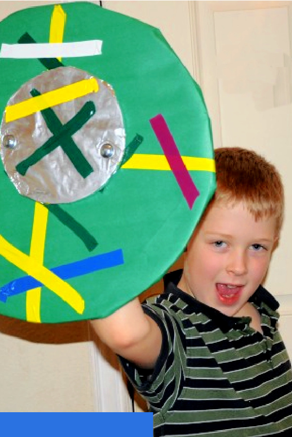 How to Make a Viking Shield from Cardboard & Colored Paper