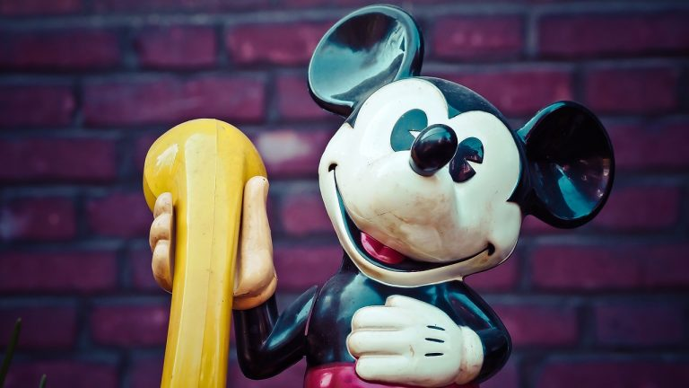 Disney Bedtime Hotline Returns 2020: Your Kids Can Get A Free Bedtime Call With Mickey & Friends