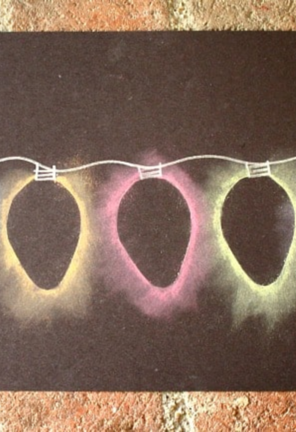 Christmas light chalk is the best Christmas craft because it looks like the lights glow.