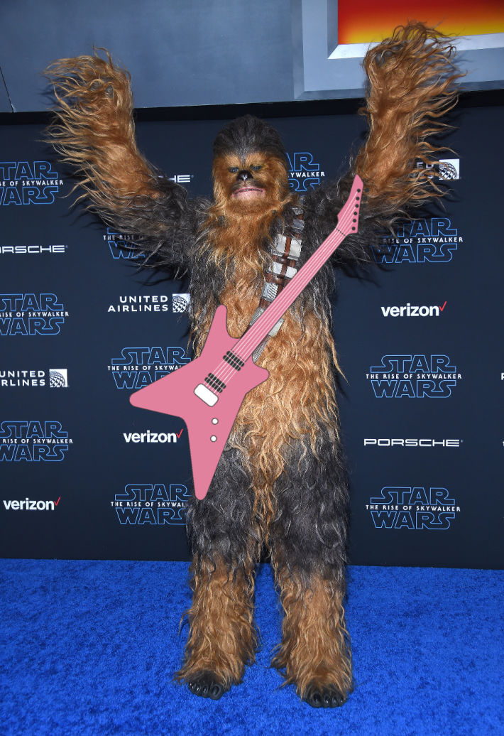 Chewbacca Singing Silent Night Is All You Need To See Today [Video]