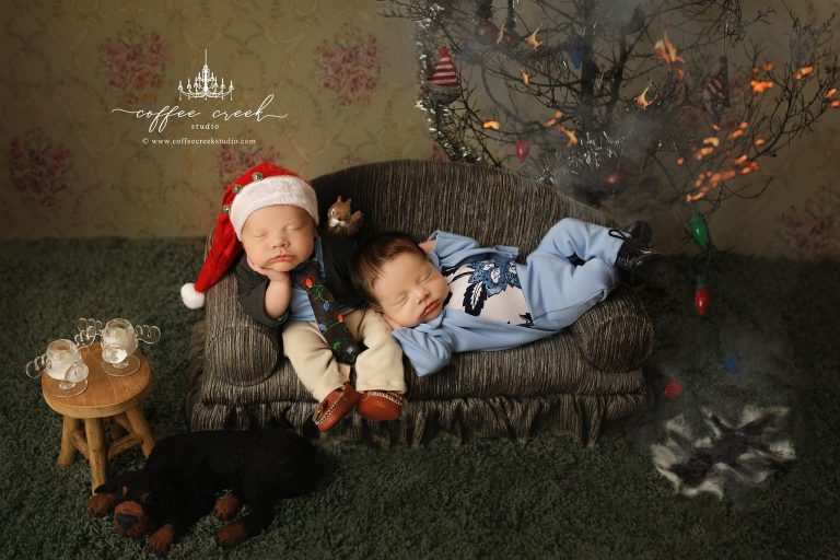 This Christmas Vacation Baby Photo Shoot is the Cutest Thing Ever