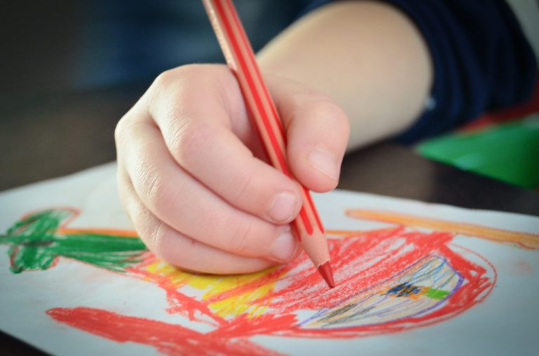 You Can Help Your Kids Write Letters to Nursing Home Residents and Make Their Day