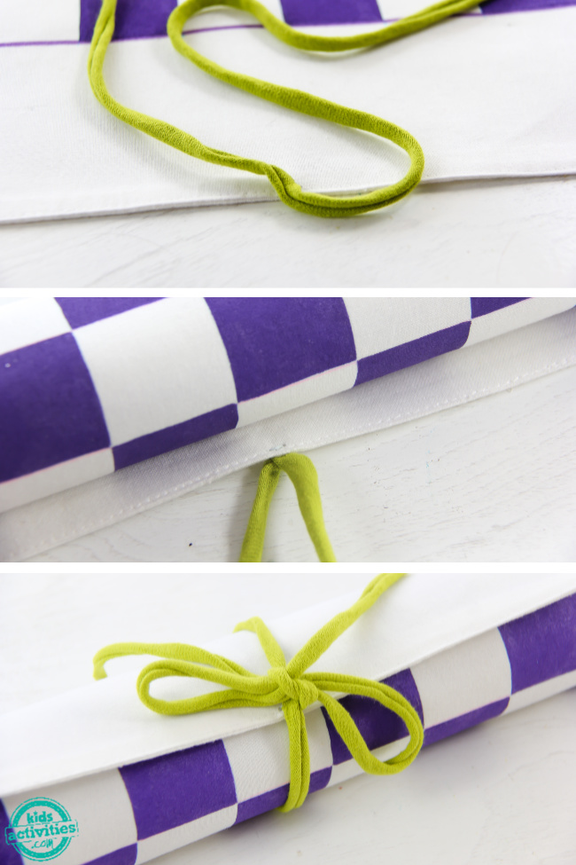 instructions to make a fabric checkers game that rolls up