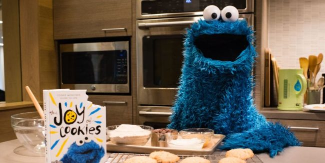 Cookie Monster Is Hosting Weekly Snack Chats And Here's How You Can Watch Them