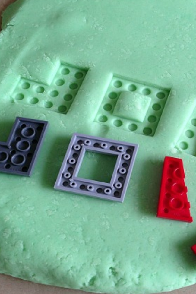 LEGO Game: {Play Dough} LEGO Puzzle for Kids