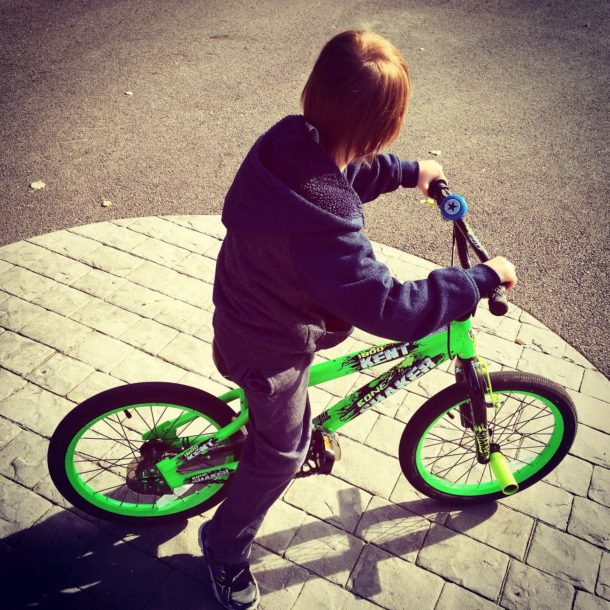 Bicycle without training wheels