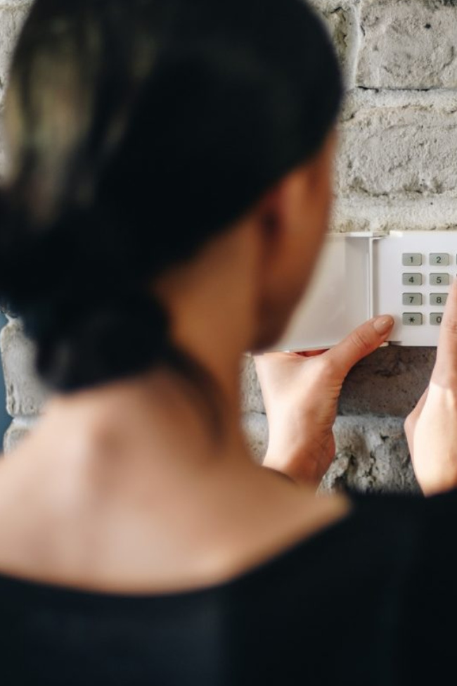 Best Price on Home Security: Stay Safe at Home with an ADT Monitored System from SafeStreets