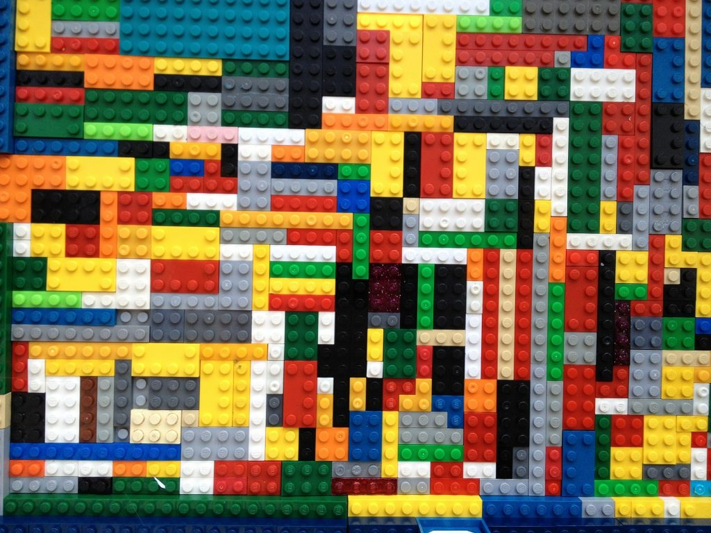 LEGO Making The Switch From Plastic To Paper In 2021