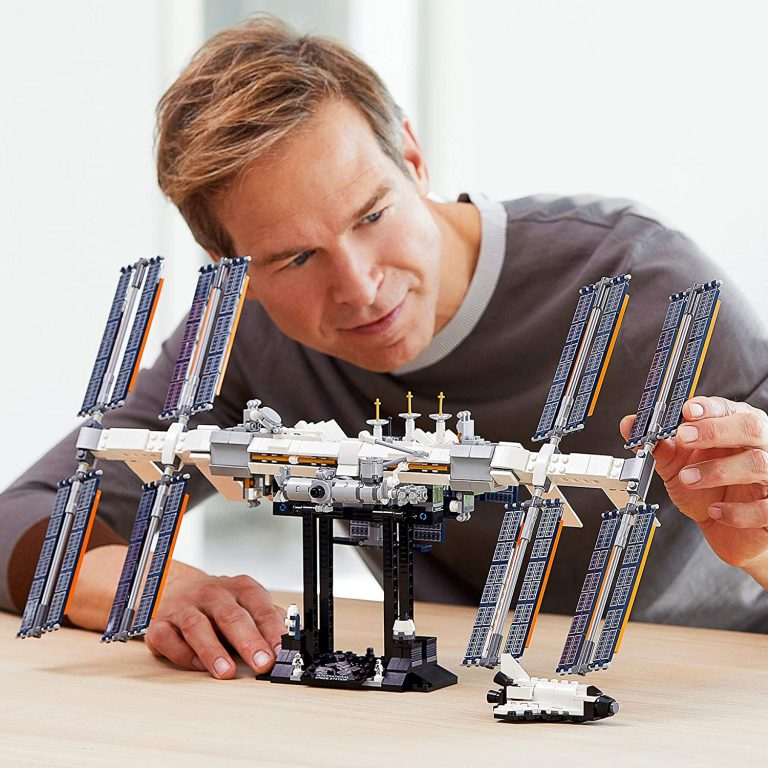 You Can Get A International Space Station LEGO Set and Your Kids Will Love It