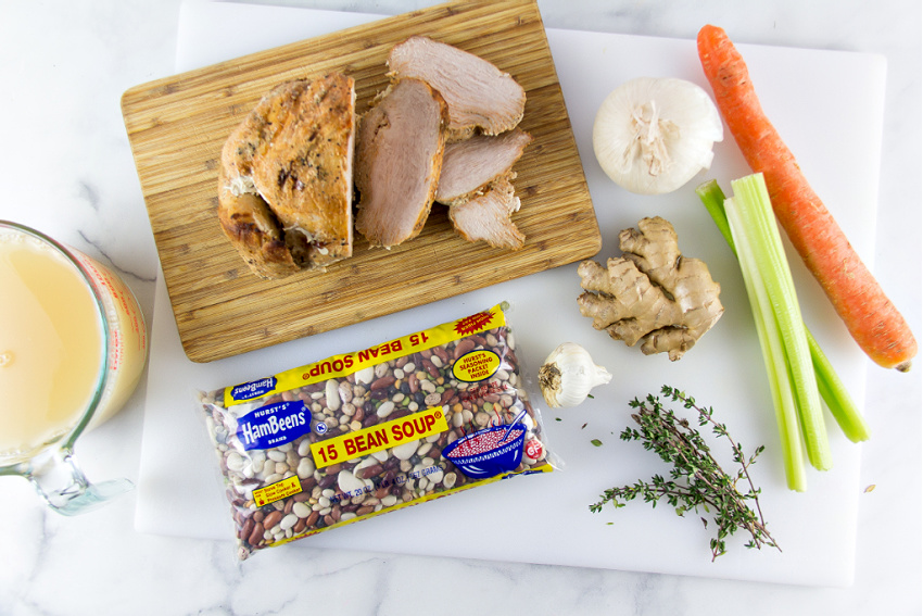 ingredients to make turkey and bean soup