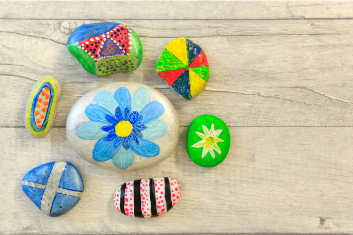 Simple rock painting patters for kids - flower, umbrella, criss cross and polka dots and stripes