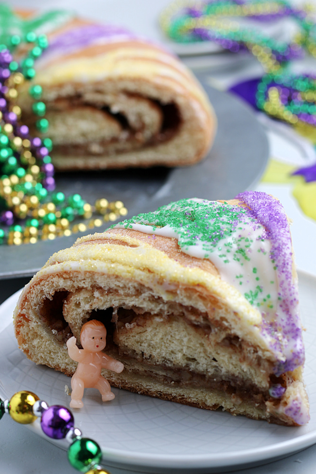 Quick And Easy King Cake Recipe For Mardi Gras