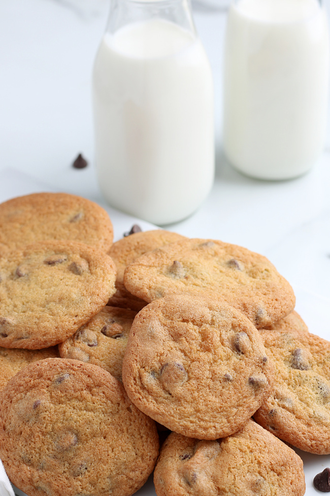 The Easiest Air Fryer Chocolate Chip Cookie Recipe