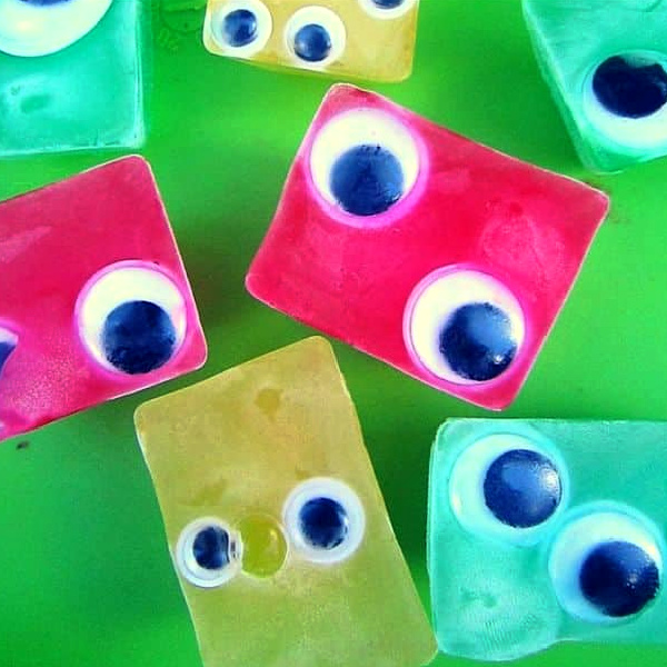 Icy monster eyes for kids from Best Toys 4 Toddlers