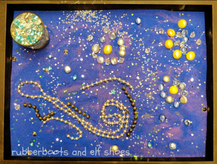 Starry Night Art Sensory Tray Idea from Rubber Boots and Elf Shoes